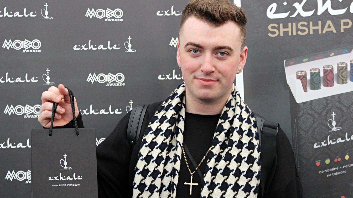 sam smith holding exhale shisha branding mobo awards